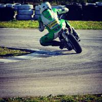 Escuela de Motociclismo en Circuito de Villafranca: Box 77 School